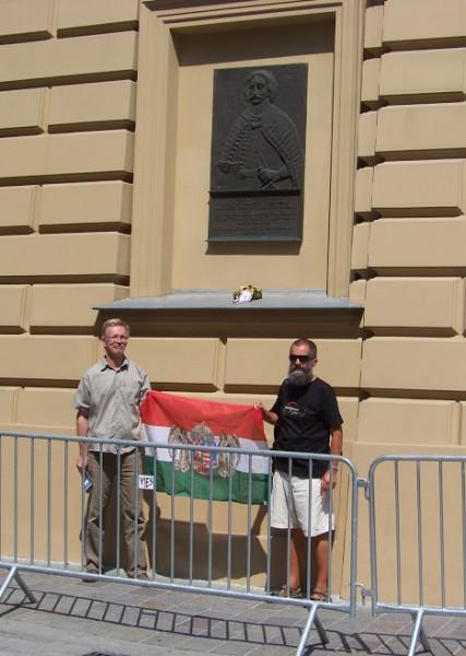 Fiúk a zászlóval