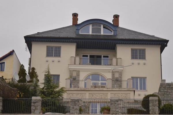 Maróti Géza villa_Zebegény (1)